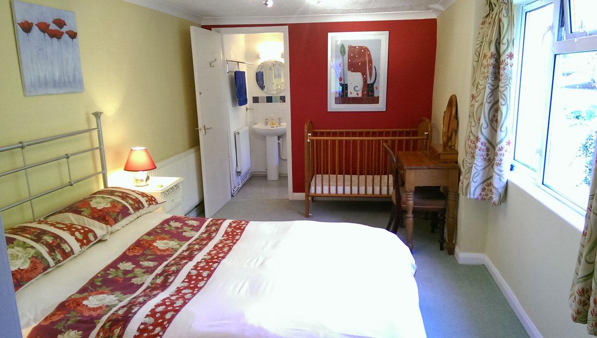gallery-bedroom-poppy-1